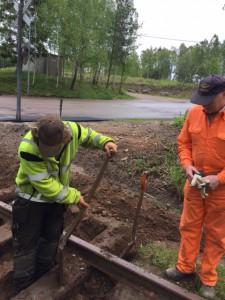 Slipersbyte intill brånavägen i Strömsnäsbruk